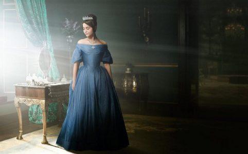 Jenna Coleman als Victoria
