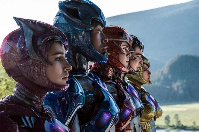 Power Rangers im Anzug