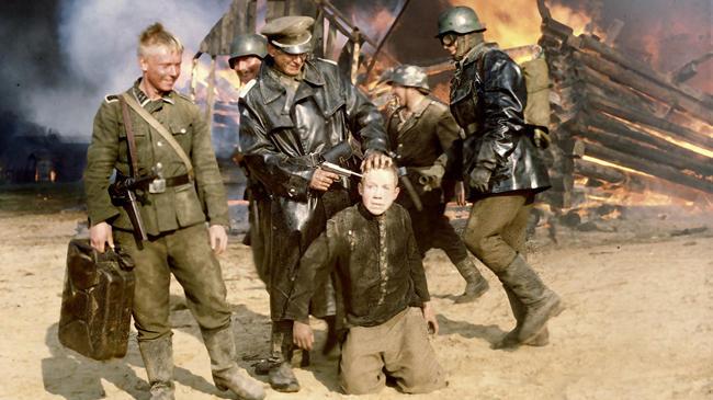 Deutsche Soldaten haben Fljora in ihrer Gewalt.
